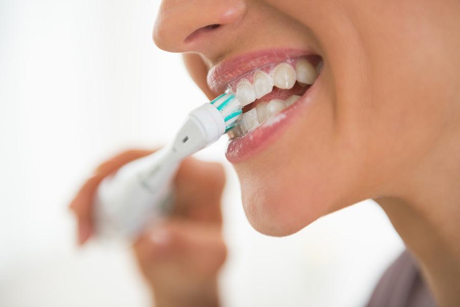 Une brosse à dents électrique est-ce un bon investissement?